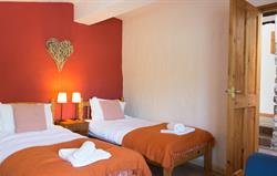 Bron y Felin Cottage Twin Bedroom