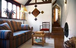 Beechnut Living room overview