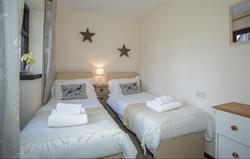 Hadleigh Twin Bedroom