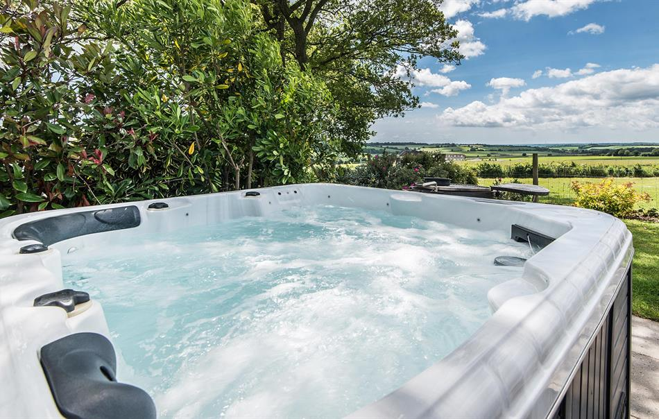 Glenside hot tub
