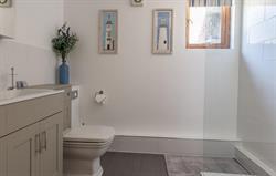 Wiston Bathroom