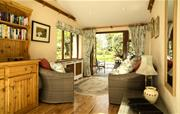 Honeymoon Cottage garden room