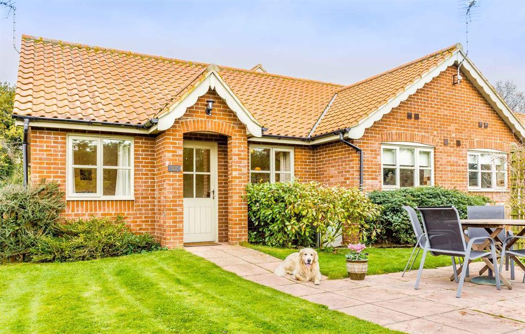 Little Broad Cottage