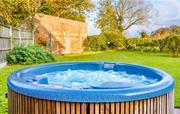 Trinity Hot-tub and garden