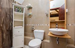 Elliott Bathroom