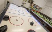 Heated Games Room: Air Hockey, Pool, Table Tennis