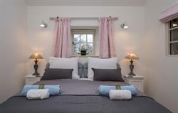 min.Bedroom