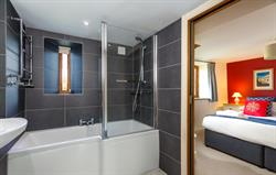 Superking or twin ensuite