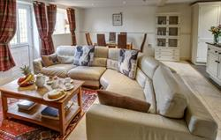 Spacious and comfy open plan style