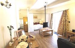 Orlando Suite Living