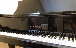 Excellent Kawai piano