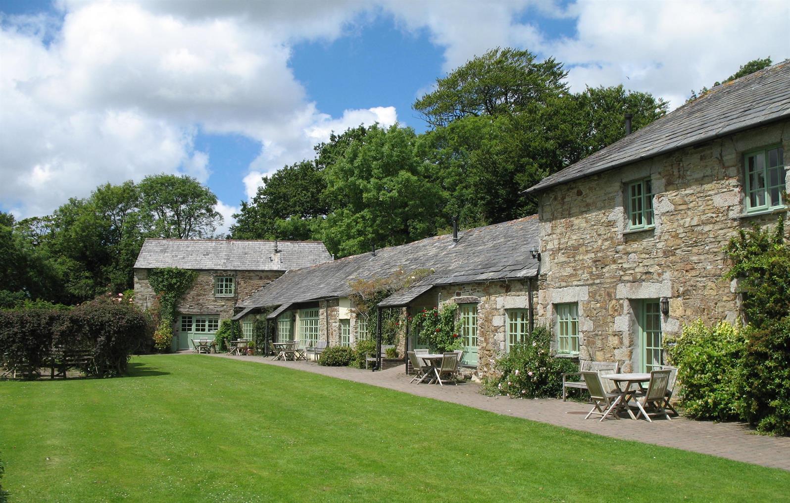 Glynn Barton Cottages