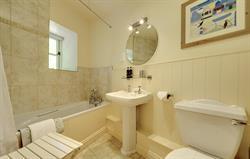 Airy bathroom