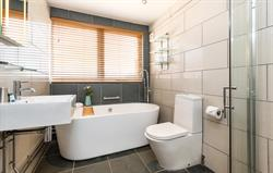 Garden House bathroom