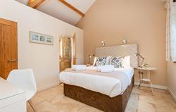Avocet master bedroom