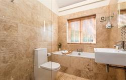 Eco Barn bathroom 2