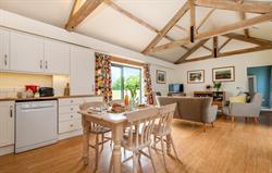 Tern living space