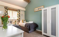 Tern cottage twin bedroom