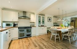 End Cottage open plan kitchen