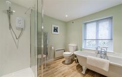 Brooks View modern bathroom