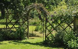 Fishermen's Retreat garden arch