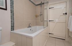 Garth Iwrch Bathroom