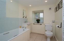 Ty Newydd Bathroom