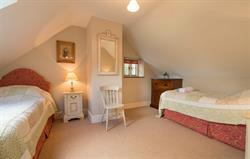 Tyddyn Derwen Bedroom 2