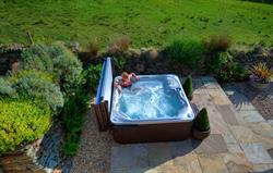 Apple House's hot tub