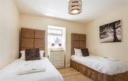 Hob Nob twin Bedroom