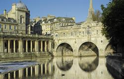 Pulteney Bridge 10 mins walk