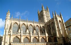Bath Abbey 10 mins walk