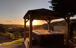Owl Barn hot tub