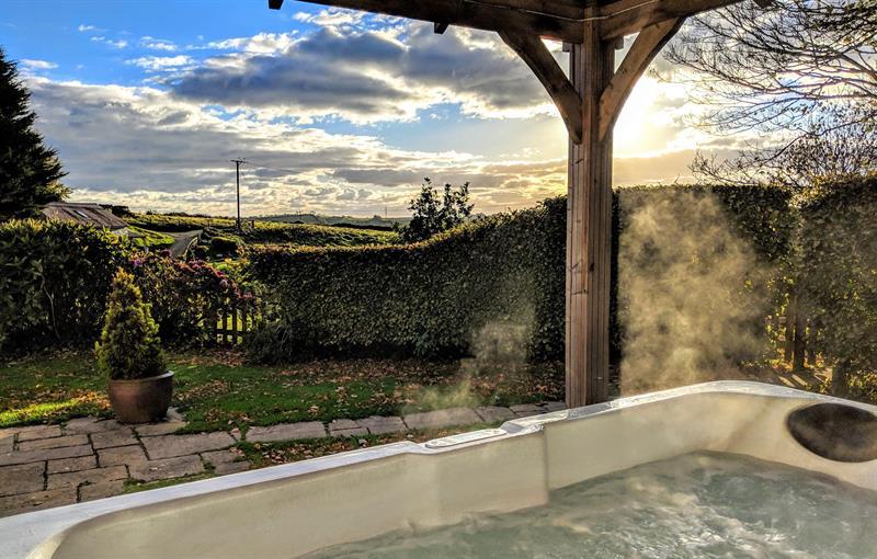 Coach House private hot tub